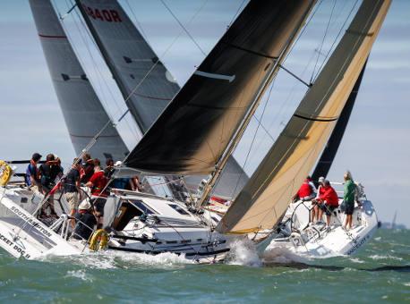Sailing key rolls